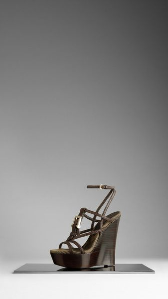 Burberry Buckle Detail Wedge Sandals in Brown (khaki) - Lyst