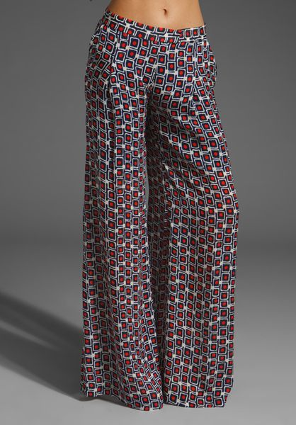 Elizabeth And James Mod Evelyn Trouser in Red and Navy in Multicolor (red & navy)