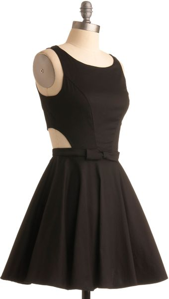 Modcloth Classic Twist Dress in Black - Lyst