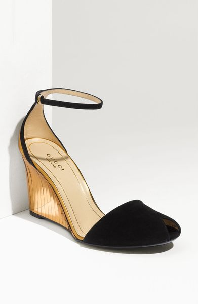Gucci Ankle Strap Peep Toe Wedge in Black (black suede)