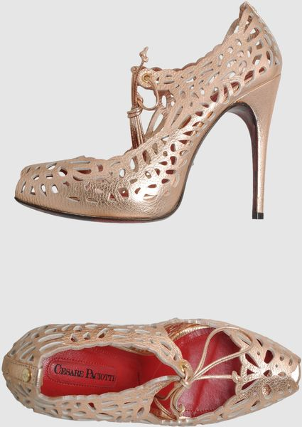 Cesare Paciotti Pumps With Open Toe in Pink - Lyst