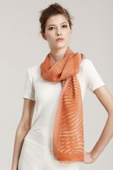 Giorgio Armani Abstractprint Stole in Orange (pesce tngrne crme) - Lyst