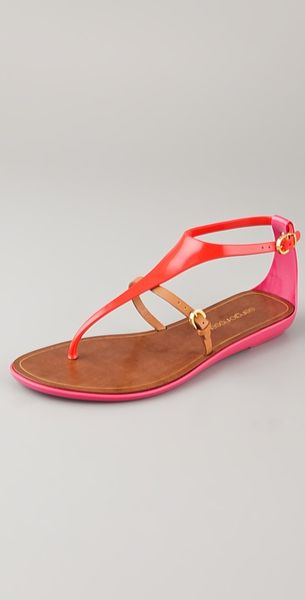 Sergio Rossi T Strap Rubber Sandals in Orange - Lyst