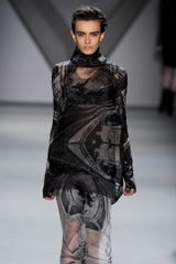 Vera Wang Fall 2012 Runway Look 38