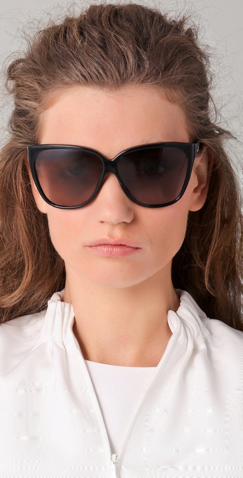 c7f0eb3c4c Lyst - Gucci Youngster Oversized Cat Eye Sunglasses in Black
