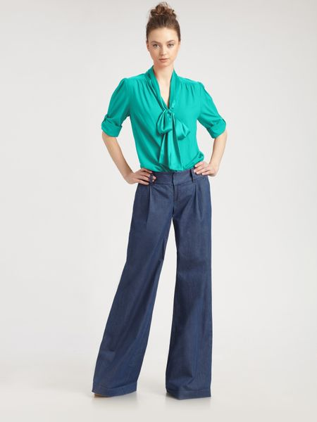 Alice + Olivia Arie Tied Collar Blouse in Blue (teal) - Lyst