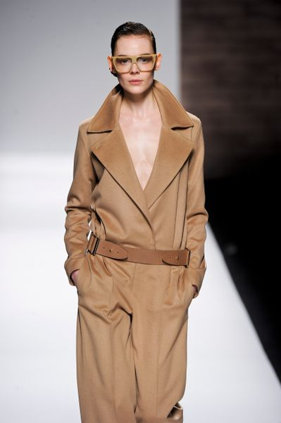 Max Mara Fall 2012 Wool DoubleBreasted Jacket With Oversized Lapel And Collar In Camel  in Brown - Lyst