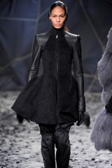 Gareth Pugh Fall 2012 Runway Look 37