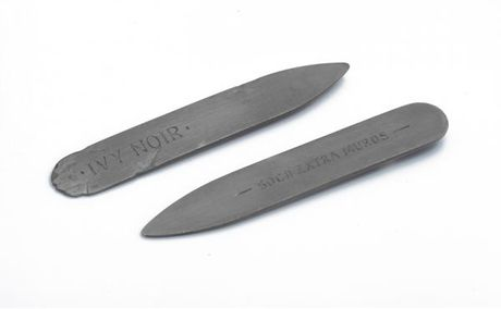 Smith/grey Ivy Noir Oxidised Collar Stiffeners in Gray (noir) - Lyst