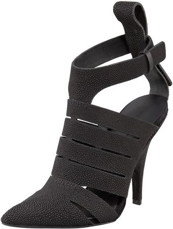 Alexander Wang Bianca Stingray Pointedtoe Pump - Lyst
