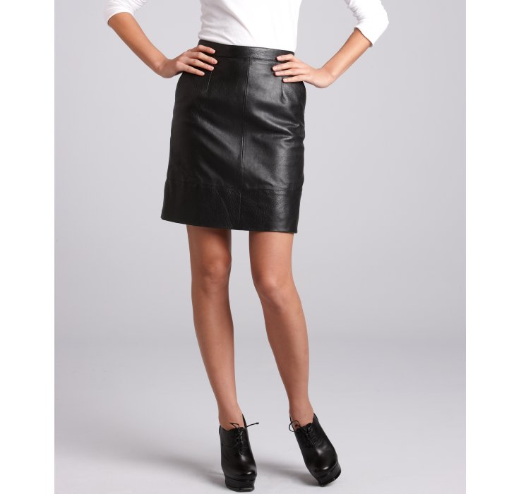 Céline Black Leather Knee Length Skirt in Black | Lyst