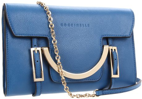 Coccinelle Conccinelle Celeste 2 Clutch in Blue (mare)