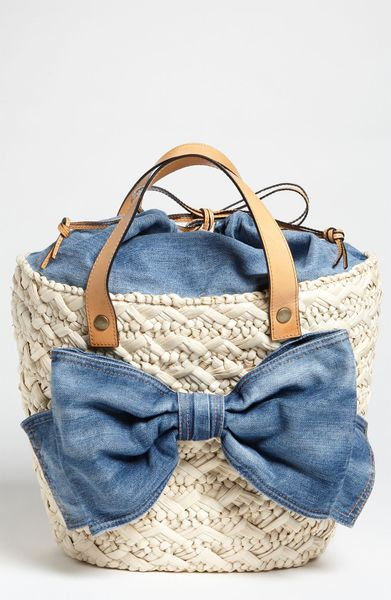 Red Valentino Straw Denim Bow Bucket Bag in Beige (denim) - Lyst