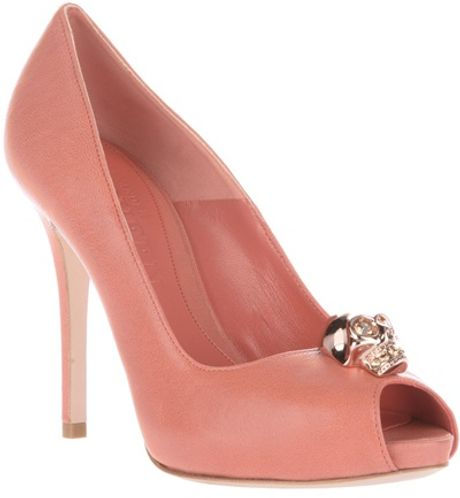 Alexander Mcqueen Peep Toe Pump in Orange - Lyst