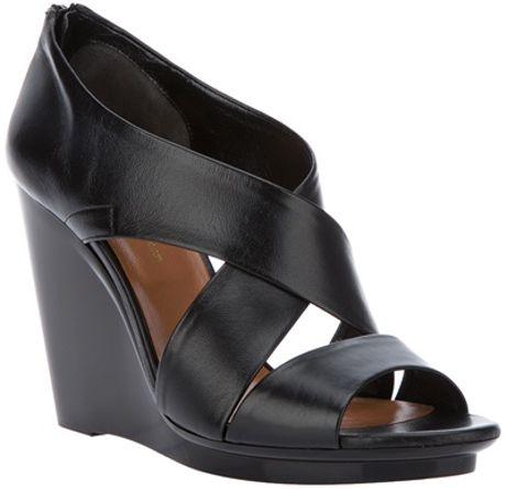 Robert Clergerie Tangeri Richelieu Pacific Shoe in Black