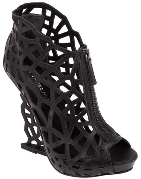 United Nude Cut Out Wedge in Black - Lyst