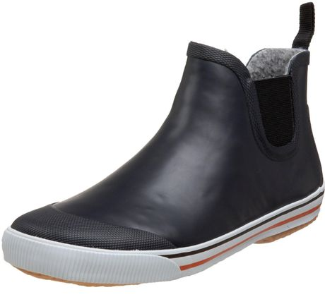 OFFICE brings you the latest directional fashion footwear to ensure you are a step ahead. The outfit starts with the shoe and our collection of heels, boots and flat shoes will have your wardrobe up to date with the latest trends every season.