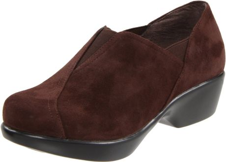 Dansko Womens Arden Slipon Loafer in Brown (brown suede) - Lyst
