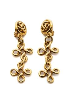 Chanel Chanel Fleurdelis Earrings - Lyst