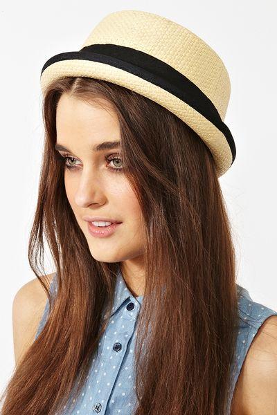 Nasty Gal Hampton Straw Hat in Beige (straw)