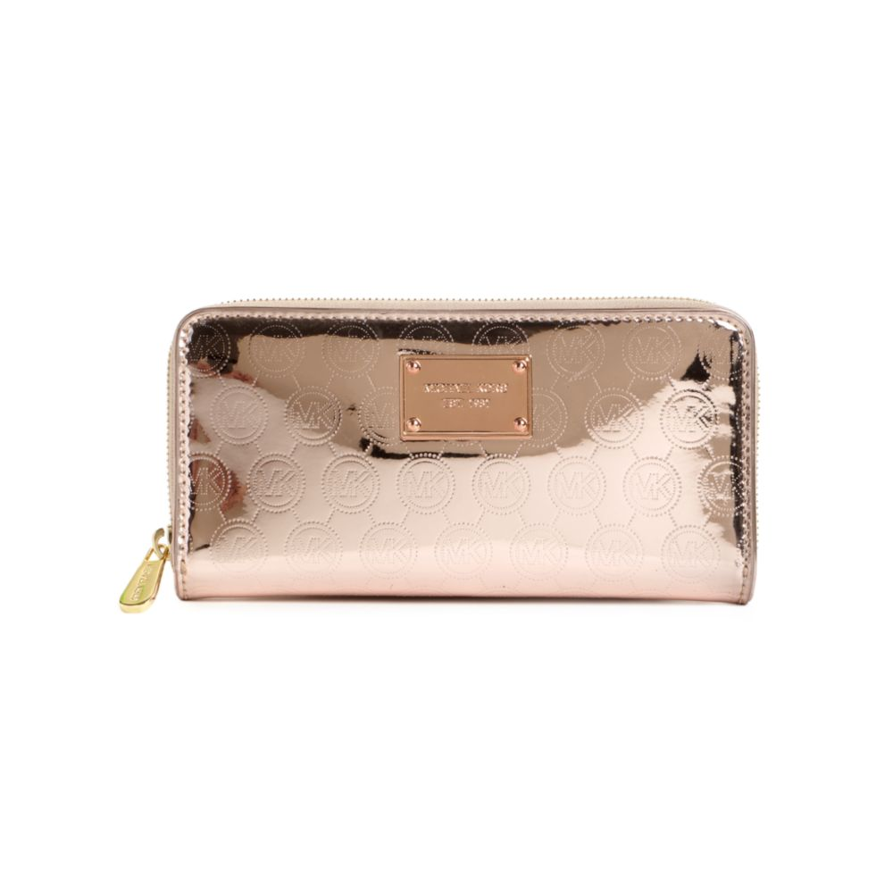 Locate and compare Michael-Kors-Canada in Canada, Yellow Pages Local Listings. Find useful information, the address and the phone number of the local business you are looking for.