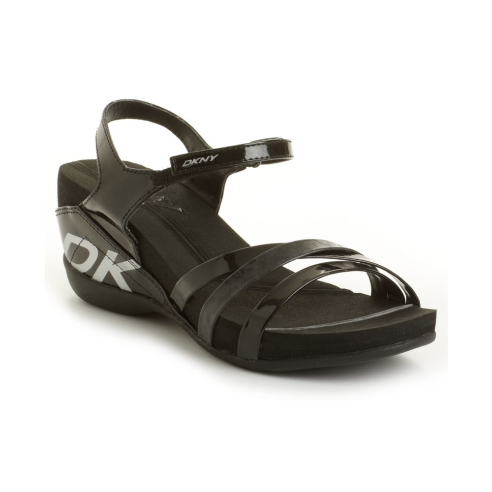 dkny hava sandals in black lyst