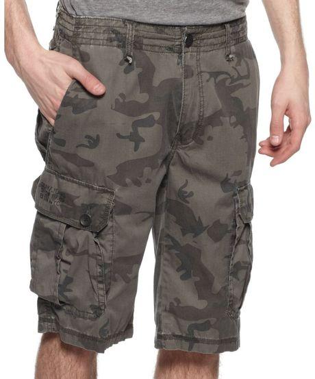 Dkny Camo Cargo Shorts In Green For Men (camo)