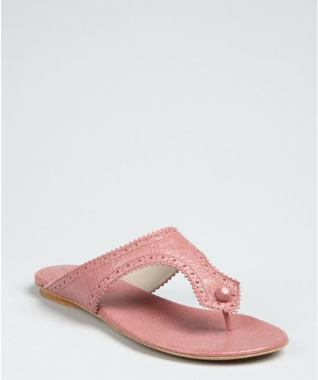 Balenciaga Dusty Pink Leather Arena Tooled Thong Sandals in Pink - Lyst