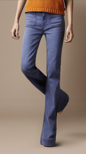 Burberry Borough Flared Jeans in Blue (blueberry) - Lyst