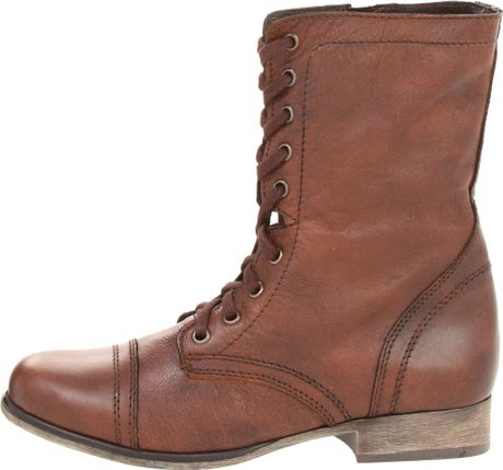 steve madden steve madden troopa laceup boots in brown