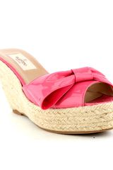 Valentino Rose Patent Wedge Slide in Pink (rose) - Lyst