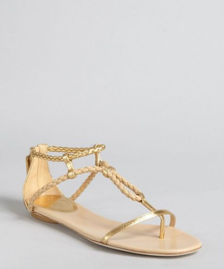 Gucci Gold and Light Powder Braided Leather Flat Sandals in Gold