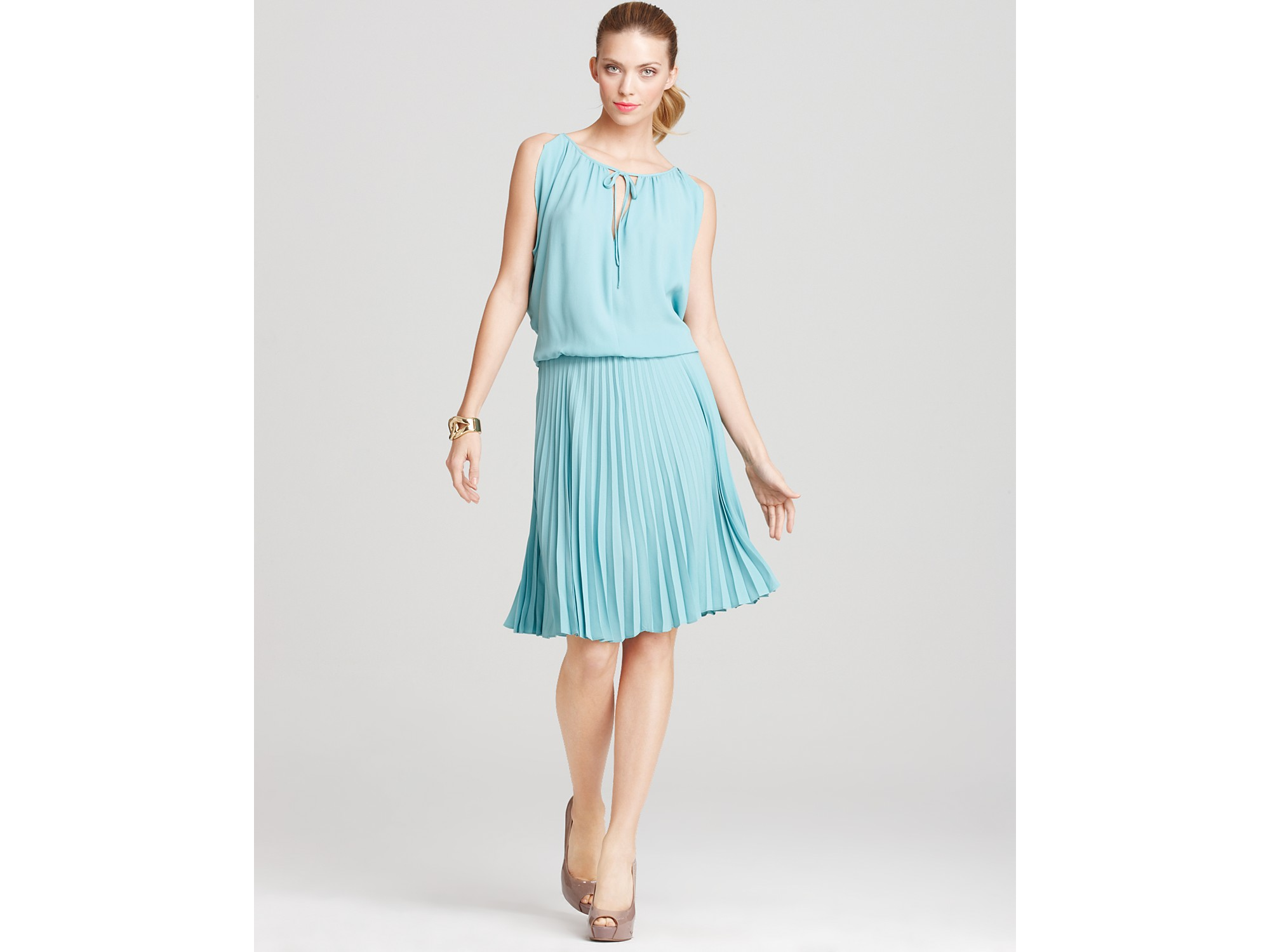 Bcbg baby blue dress - Best Dressed