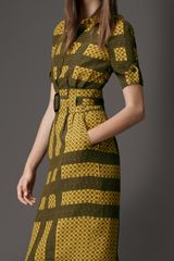 Burberry Tile Print Silk Dress in Yellow (chrome yellow) - Lyst
