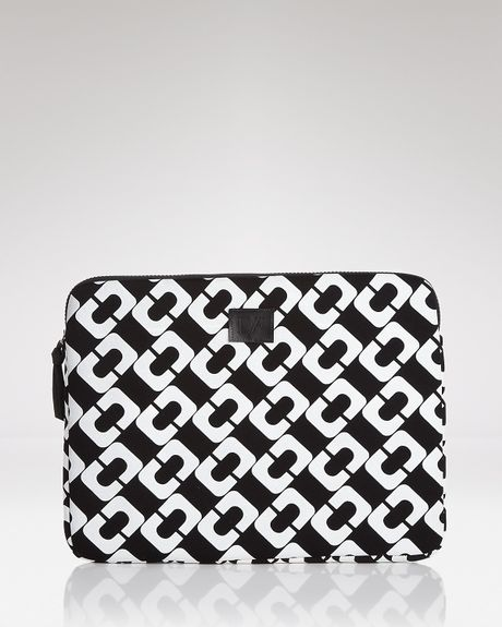 Diane Von Furstenberg Vintage Collection Laptop Sleeve in Gray (chain link) - Lyst