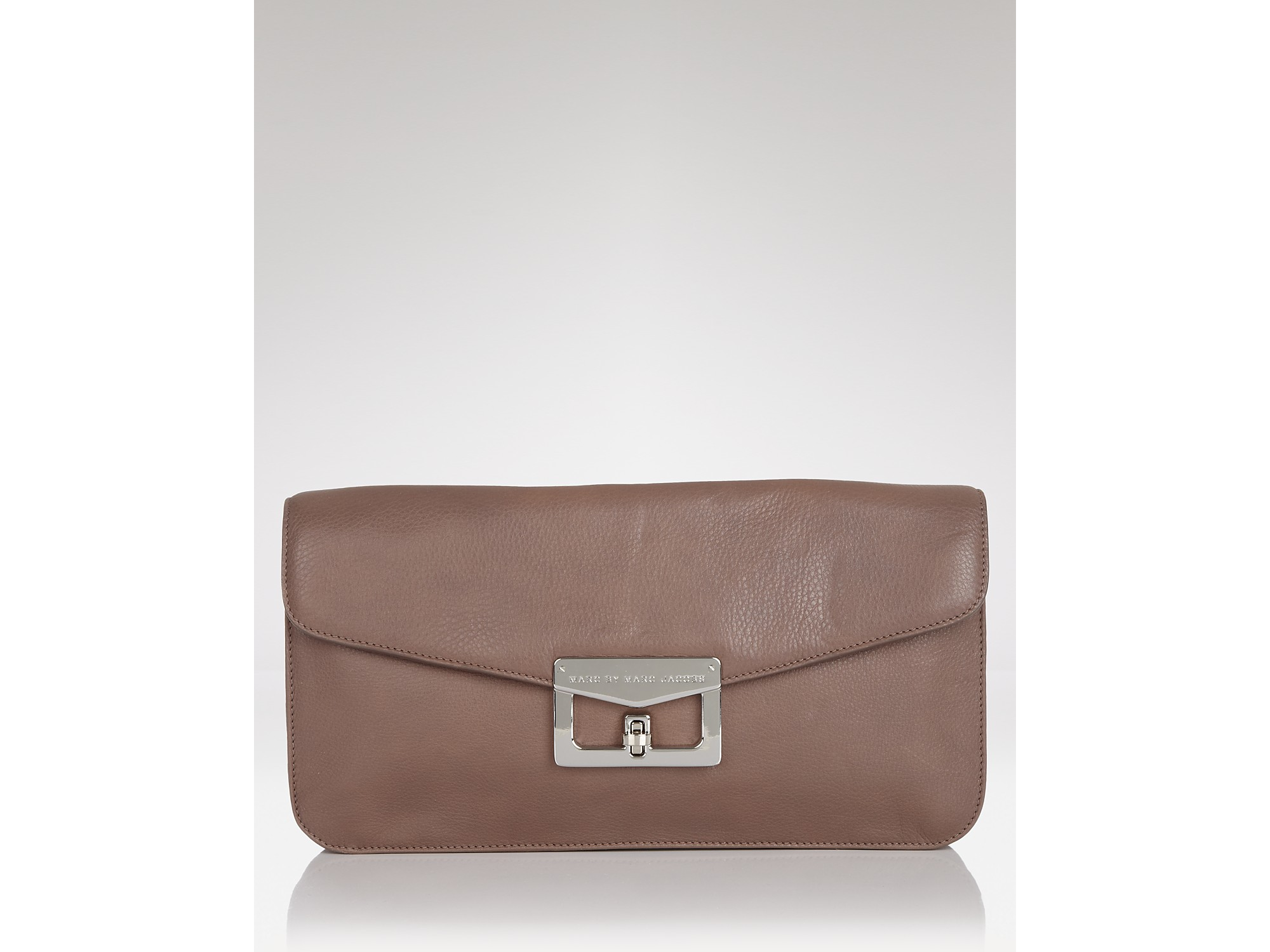 00383b9136c Marc By Marc Jacobs Clutch Bianca in Brown - Lyst