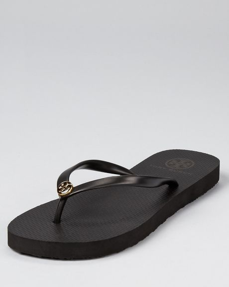 Tory Burch Sandals Thin Flip Flop in White (black)