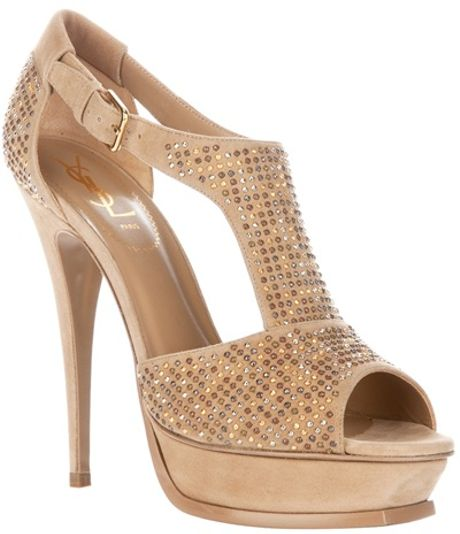 Yves Saint Laurent Studded Shoe in Beige (nude) - Lyst