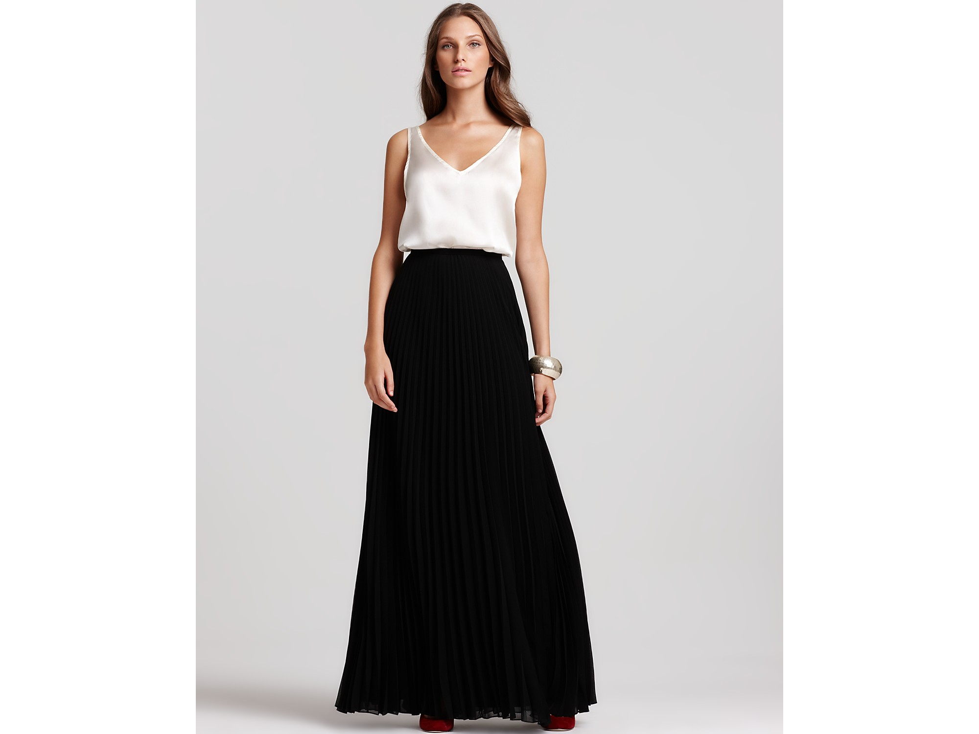 Halston Pleated Maxi Skirt in Black | Lyst