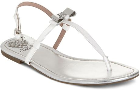 Vince Camuto Malinda Flat Thong Sandals in White - Lyst