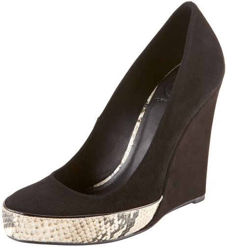 Tory Burch Sandra Snakeprint Platform Wedge in Black - Lyst