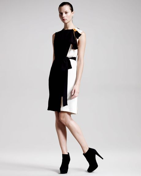 Vionnet Twotone Shift Dress in Black - Lyst