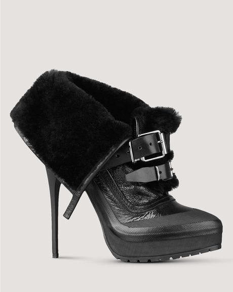 Burberry Booties in Black - Lyst