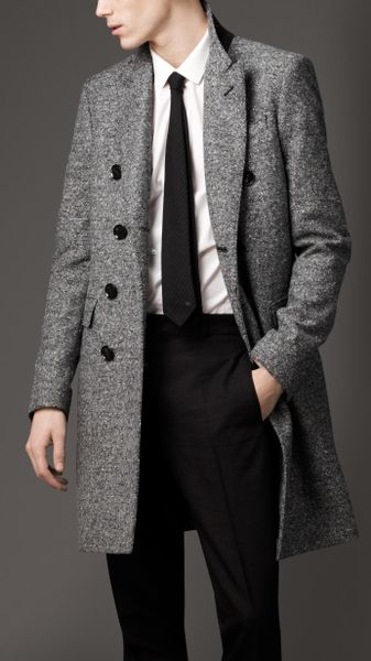 Burberry Donegal Wool Chesterfield Coat in Black for Men