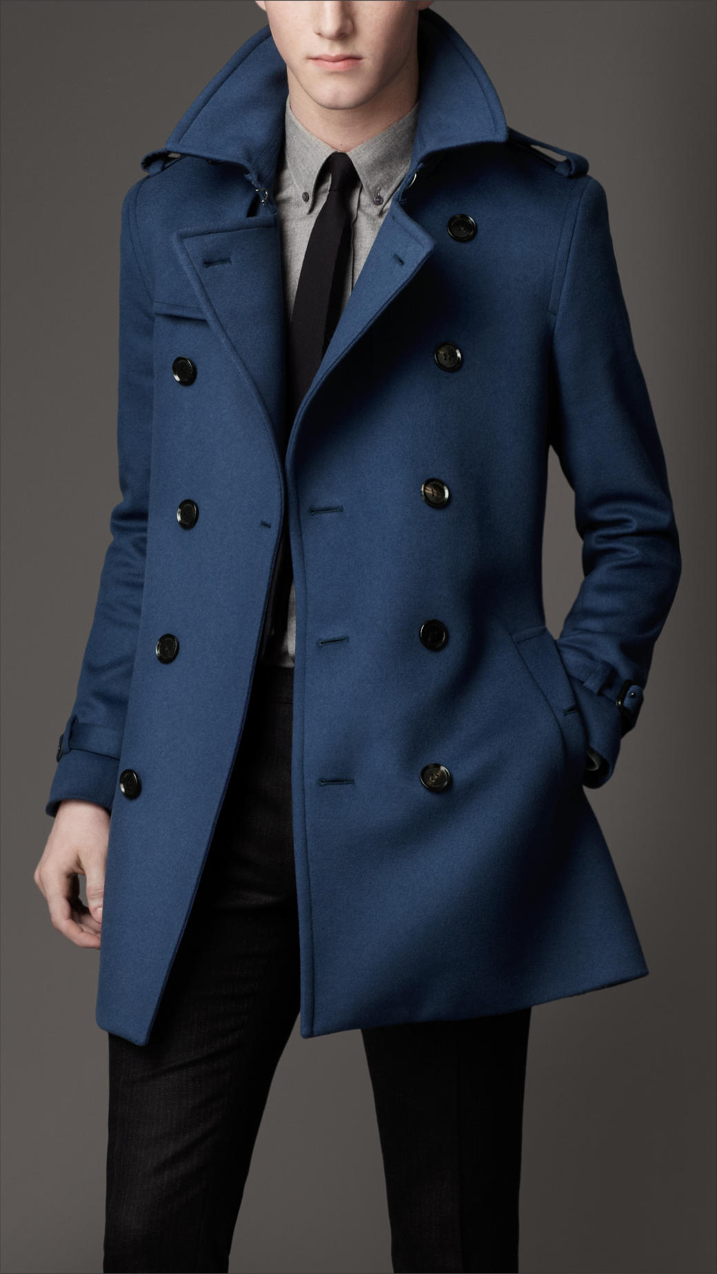 Men's coats & jackets blue A style essential in every man's wardrobe, our collection of men's coats include everything from classic blazers and trench coats, to leather jackets .