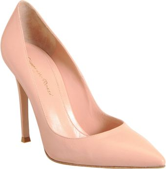 Gianvito Rossi Pointed Toe Pump - Lyst
