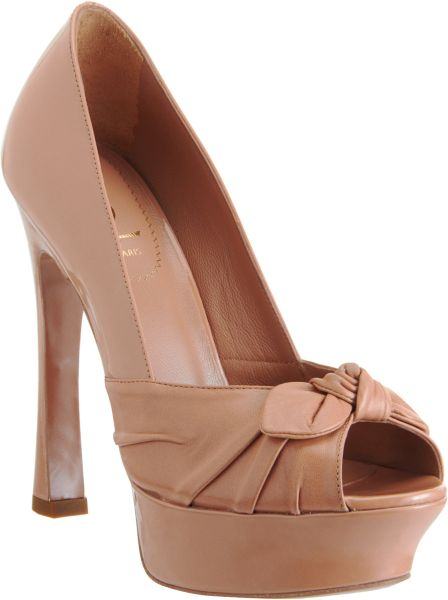 Saint Laurent Palais 105 Pump in Pink (blush) - Lyst