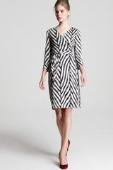 Diane Von Furstenberg Dress Julian Long Sleeve Herringbone Print Silk Jersey - Lyst