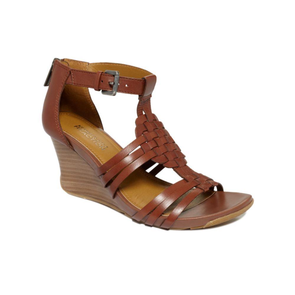 Lyst Kenneth Cole Reaction Warm Cedar Wedge Sandals In Brown
