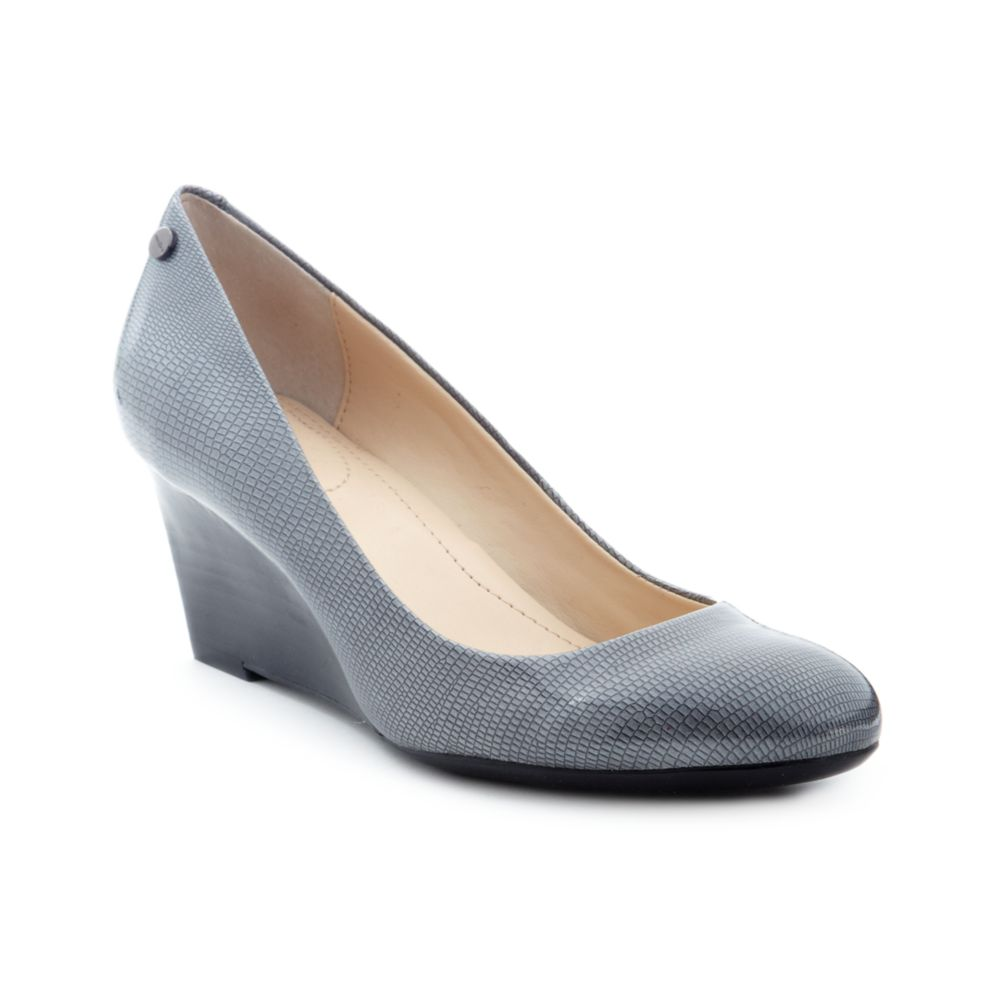 Calvin klein Saxton Wedge Pumps in Gray | Lyst